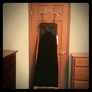 JS Boutique Formal Ankle Length Dress NWT, Size 4
